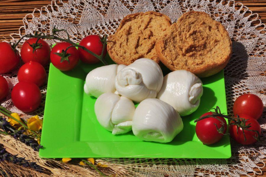 Mozzarella - Masseria capasa - prodotti tipici del Salento